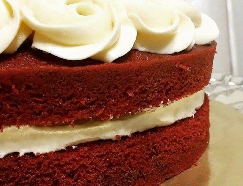RED VELVET CAKE/CUPCAKES