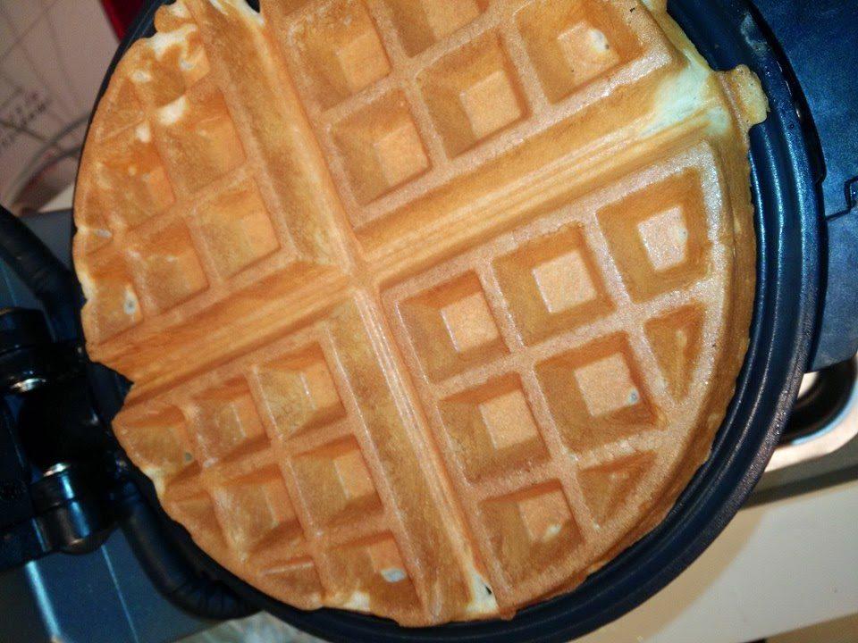 Easy waffles – by Joey Foo